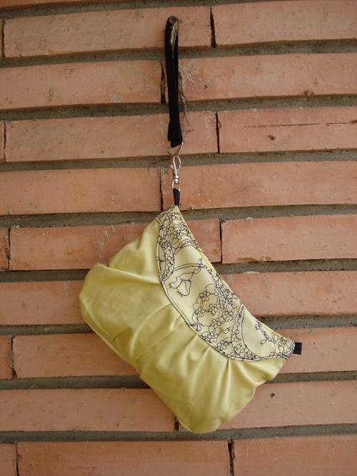 yellowlace-scurta